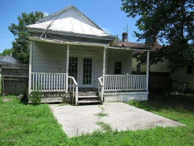 4313 W PINE ST, Farmville, NC 27828 - Photo 2