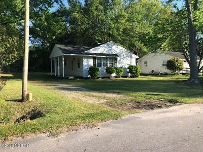 6737 PITT ST, Grifton, NC 28530 - Photo 1