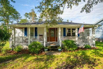 1017 N LORD ST, Southport, NC 28461 - Photo 1