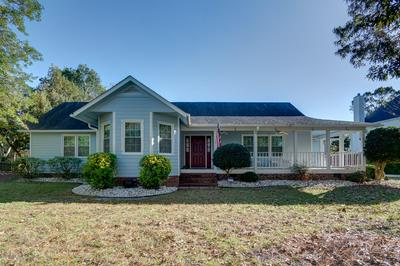 173 CAMP QUEEN RD, Swansboro, NC 28584 - Photo 1