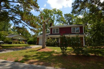 208 GREENBRIAR DR, Jacksonville, NC 28546 - Photo 1