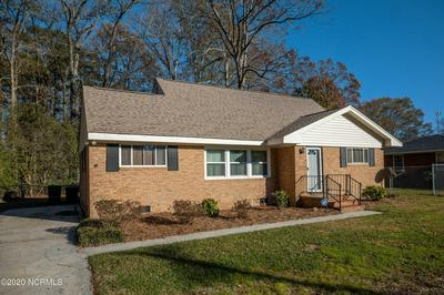 507 FOREST ACRES DR, Tarboro, NC 27886 - Photo 2