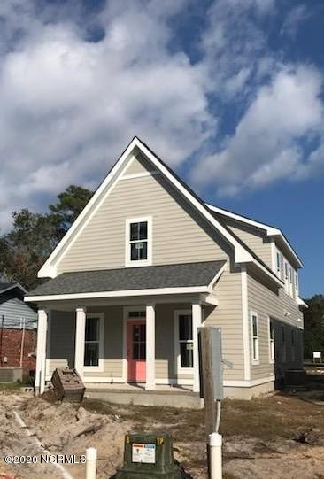 1000 N CASWELL AVE, Southport, NC 28461 - Photo 1