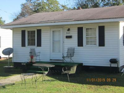 3569 S BARRETT ST, FARMVILLE, NC 27828 - Photo 1