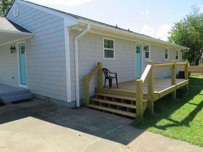 632 W SHORE DR, Swansboro, NC 28584 - Photo 2