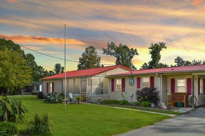 401 MATTOCKS AVE, Maysville, NC 28555 - Photo 1