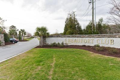 114 SCOUTS BEND RD, BEAUFORT, NC 28516 - Photo 2