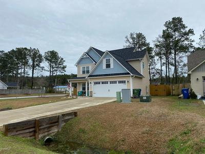 236 BREAKWATER DR, SNEADS FERRY, NC 28460 - Photo 2
