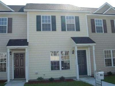 205 BRIDGEWOOD DR, Jacksonville, NC 28546 - Photo 1