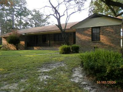 122 HICKORY RD, Whiteville, NC 28472 - Photo 1