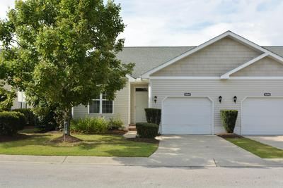 525 VILLAGE GREEN DR # A, Morehead City, NC 28557 - Photo 1
