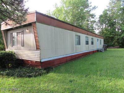 200 CLAYTON DR, Newport, NC 28570 - Photo 2