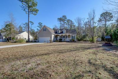 1411 CHADWICK SHORES DR, SNEADS FERRY, NC 28460 - Photo 2