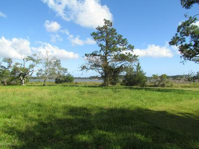 186 WARDS CREEK RD, Beaufort, NC 28516 - Photo 1