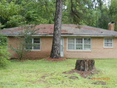 146 FOREST DR W, Whiteville, NC 28472 - Photo 2