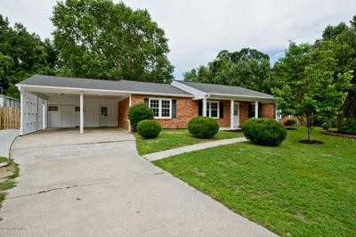 3004 COUNTRY CLUB RD, JACKSONVILLE, NC 28546 - Photo 1