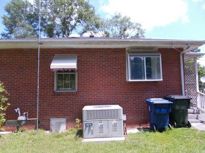 1010 W WASHINGTON AVE, Kinston, NC 28501 - Photo 2