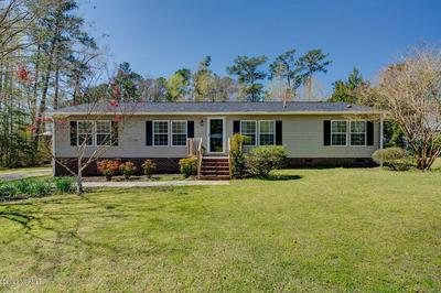 550 GROVES POINT DR, HAMPSTEAD, NC 28443 - Photo 1