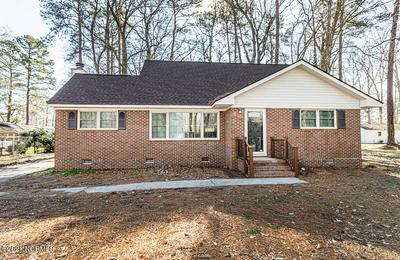 519 FOREST ACRES DR, Tarboro, NC 27886 - Photo 1
