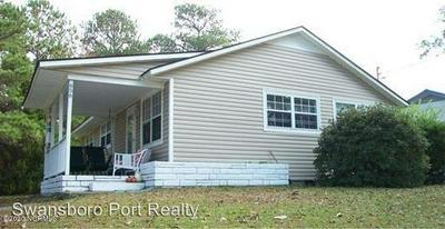 656 W SHORE DR, Swansboro, NC 28584 - Photo 2