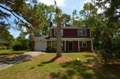 208 GREENBRIAR DR, Jacksonville, NC 28546 - Photo 2