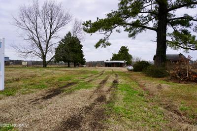 635 GRAY RD, Vanceboro, NC 28586 - Photo 2