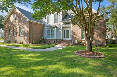 498 N SHORE DR, Sneads Ferry, NC 28460 - Photo 2