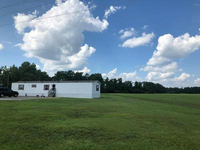 649 BURNETTE RD, Farmville, NC 27828 - Photo 1