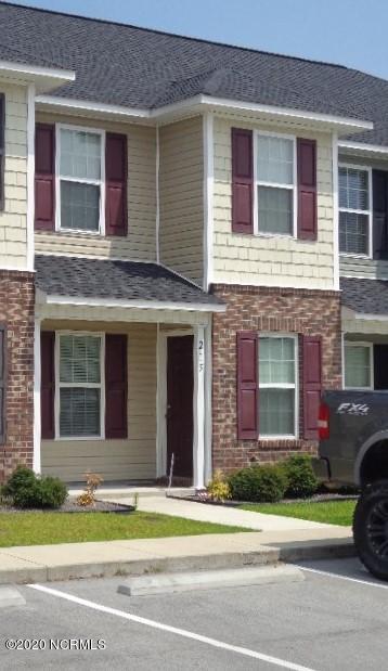 215 GLEN CANNON DR, Jacksonville, NC 28546 - Photo 1