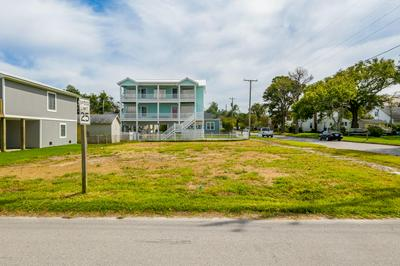 308 N 8TH ST, Morehead City, NC 28557 - Photo 1