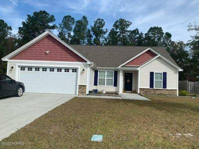 304 HIDDEN OAKS DR, Jacksonville, NC 28546 - Photo 2