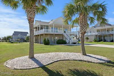 413 COASTAL VIEW CT, Newport, NC 28570 - Photo 1