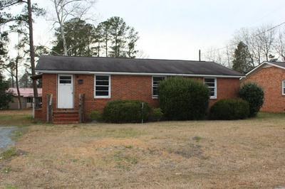 218 PINE ST, Wallace, NC 28466 - Photo 1