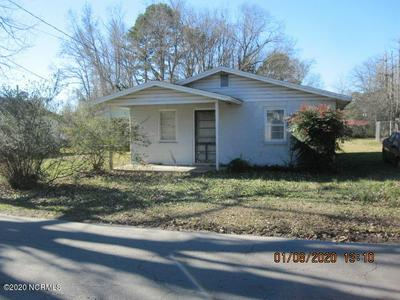 113 N BELL ST, WARSAW, NC 28398 - Photo 1