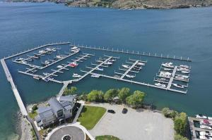 1350 W WOODIN AVE # D4, Chelan, WA 98816 - Photo 1