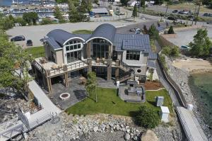1350 W WOODIN AVE # D4, Chelan, WA 98816 - Photo 2