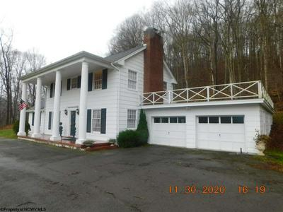 31 HISTORY ST, Farmington, WV 26571 - Photo 2
