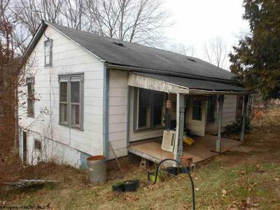 149 SMITH RUN RD, WESTON, WV 26452 - Photo 1