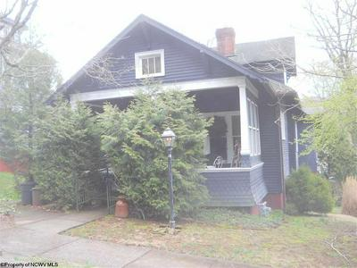 614 CENTER AVE, WESTON, WV 26452 - Photo 1