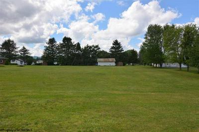 1065 CHENOWETH CREEK RD, Elkins, WV 26241 - Photo 1