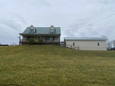 25 MCKINELY DR, Moatsville, WV 26405 - Photo 1