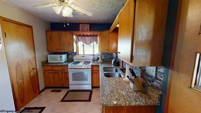 405 ICE ST, Barrackville, WV 26559 - Photo 2