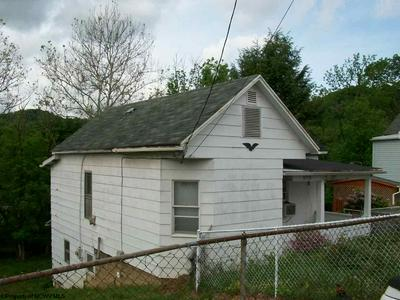 1129 PENN ST, Clarksburg, WV 26301 - Photo 2