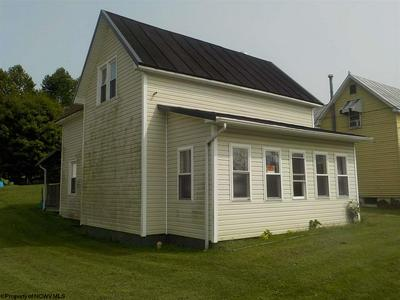 305 CENTRAL AVE, Parsons, WV 26287 - Photo 1
