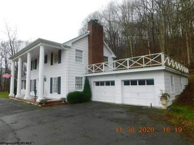 31 HISTORY ST, Farmington, WV 26571 - Photo 1