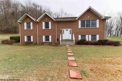 259 CEDAR HEIGHTS DR, Clarksburg, WV 26301 - Photo 2