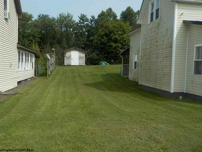 305 CENTRAL AVE, Parsons, WV 26287 - Photo 2