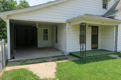 301 E WALKER ST, Marceline, MO 64658 - Photo 2