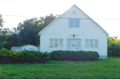 629 N MONROE ST, Brookfield, MO 64628 - Photo 1