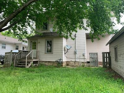 407 N LIVINGSTON ST, Brookfield, MO 64628 - Photo 2